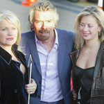 picture of Richard Branson with wife and daughter