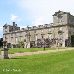 picture of wilton house in Wiltshire