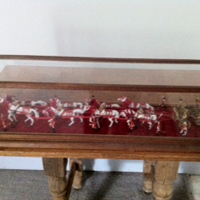 picture of model of queen's carriage and horses